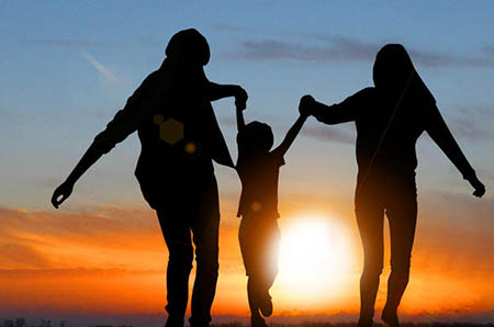 独生子女父母想随迁落户,政策限制该少点