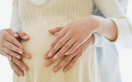 产后妈咪如何正确应对产后缺乳